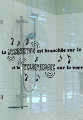Sticker citation : La sonnette est branchée sur le robinet de la baignoire (...)