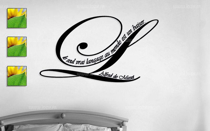 """Sticker citation \""""le seul vrai...\"""" de Alfred de Musset. Sticker adhésif découpés à la forme dans vinyle de couleur unie, ce sticker originale trouvera une place de choix dans voter intérieur."""