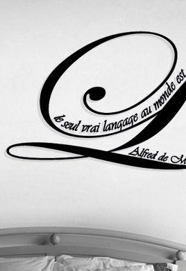 Sticker citation : Le seul vrai langage au monde est un baiser
