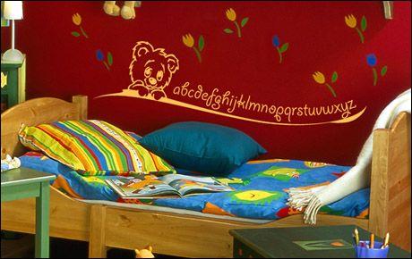 Le stickers alphabet pour décorer une chambre d\'enfant