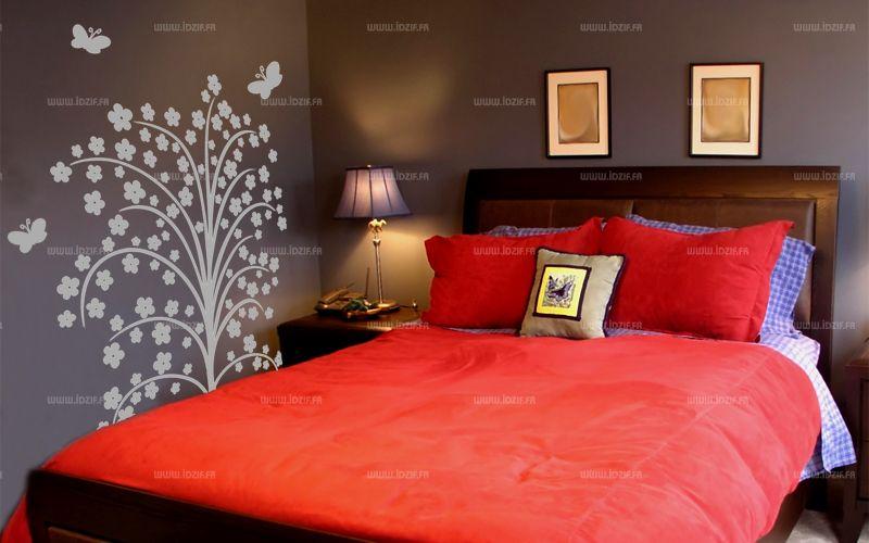 stickers arbre à fleurs découpé à la forme dans vinyle de couleur unie. Une décoration murale réalisée sur mesure, à vous de choisir la taille et la couleur de votre sticker.