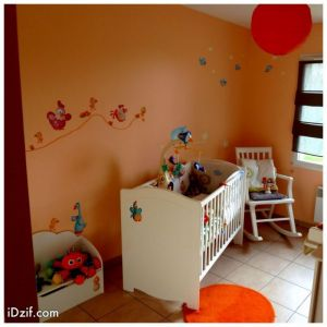 Deco chambre bebe fille orange