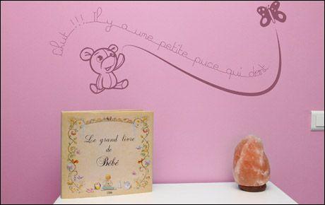 Le stickers chut puce pour décorer une chambre d\'enfant