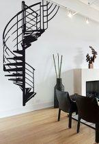 Stickers escalier métallique pour créer un décor mural trompe l'œil