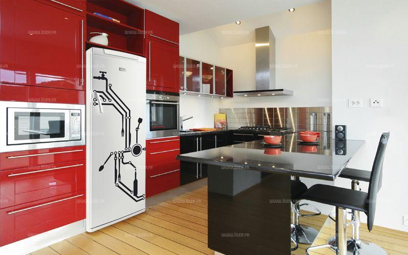 Stickers frigo : Circuit imprimé. Décoration de frigidaire réalisée en adhésif sur mesure, à vous de choisir la couleur qui s\'accordera le mieux à votre intérieur de cuisine. Conçu pour aller sur un modèle de 600 de large par 1600 de haut