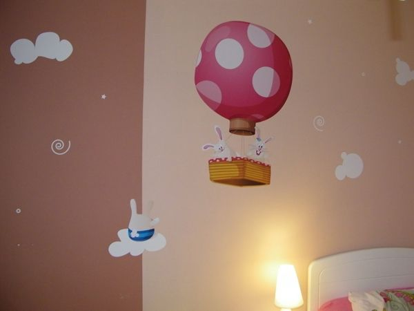 stickers nuages enchantés pour décorer dans un univers féérique la chambre de votre enfant. En vente sur Idzif.com
