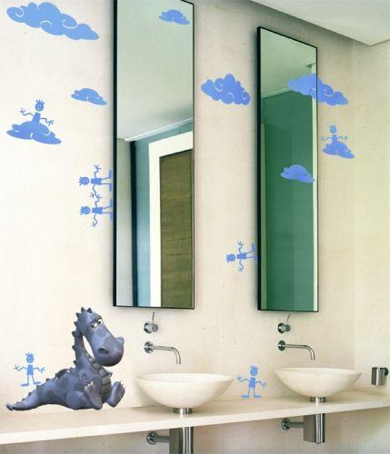 Stickers nuages enchantés : 6 stickers nuages autocollants découpés à la forme dans vinyle adhésif de couleur unie. Avoir la tête dans les nuages, avant de s\'endormir levé les mains et essayez de toucher le ciel.