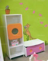 Stickers papillons. Planche de 4 stickers papillons découpés à la forme dans vinyle de couleur unie.