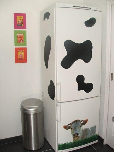 Stickers tâche de vache à coller sur son frigo. Vu dans l\'émission D&CO, en vente exclusivement sur Idzif.com